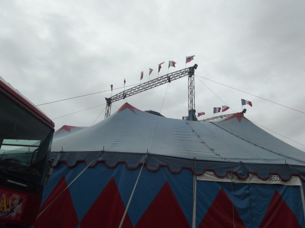 Reportage de l'été n°15 >> Le Cirque Sur L'eau à Saint Pol de Léon