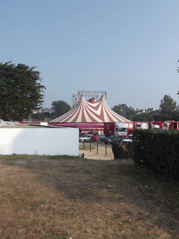 Reportage de L'été n°16 >> Cirque Maximum à Carentec