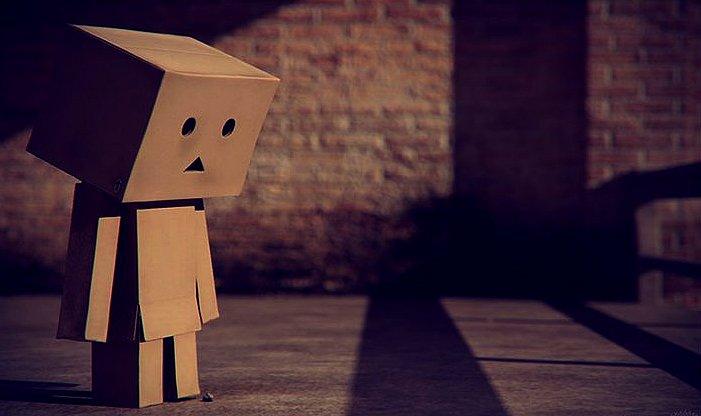 - -  Malheureusement j'ai cru au bonheur mais ça ne devait pas être encore le bon moment. - -