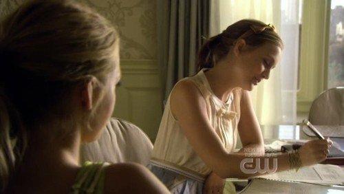 2x03 (The Dark Night) : Blair & Serena