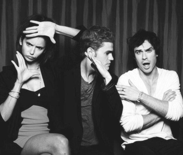 Voici Élena, Damon et Stefan