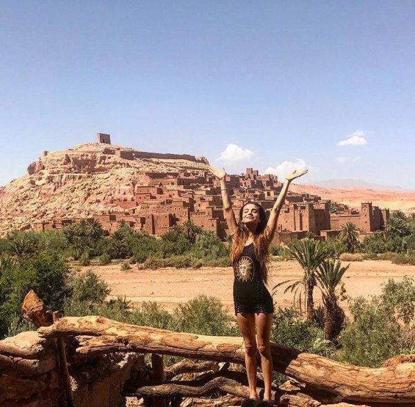 Brenda Asnicar photos personnelles 2017 en vacances au Maroc