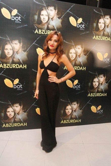 Brenda Asnicar à l'avant premiere du film abzurdah 2015