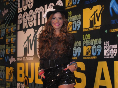Brenda Asnicar aux Premios MTV 2009 en Buenos Aires