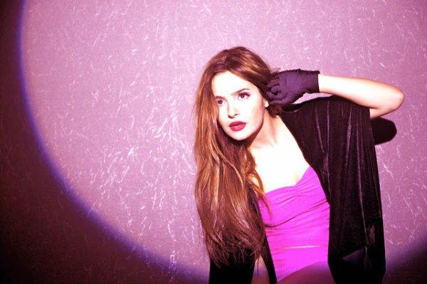 Brenda Asnicar pour Portafolio Travesia Fotos 2012