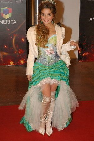Brenda Asnicar aux los premios Martin Fierro 2007