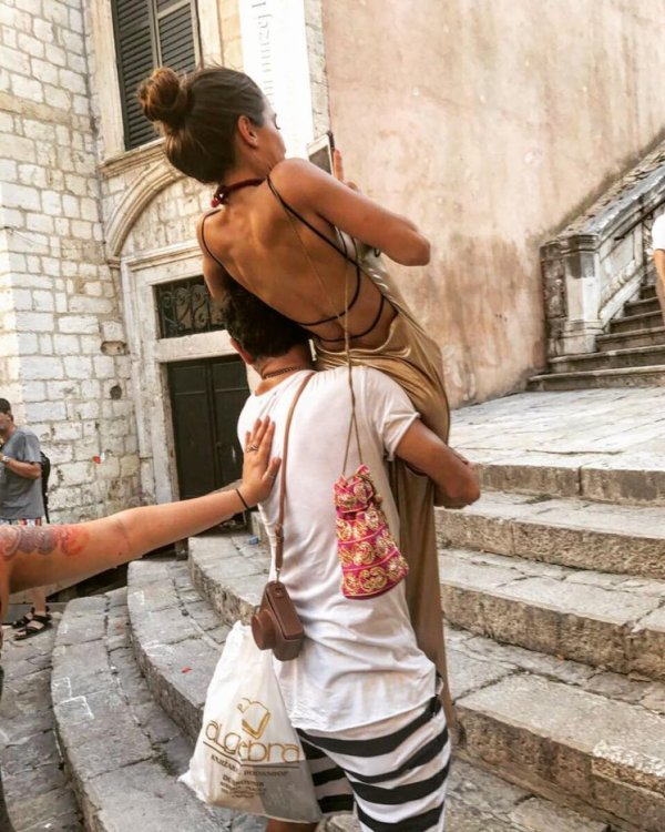 Brenda Asnicar photoshoot par adler guido 2017