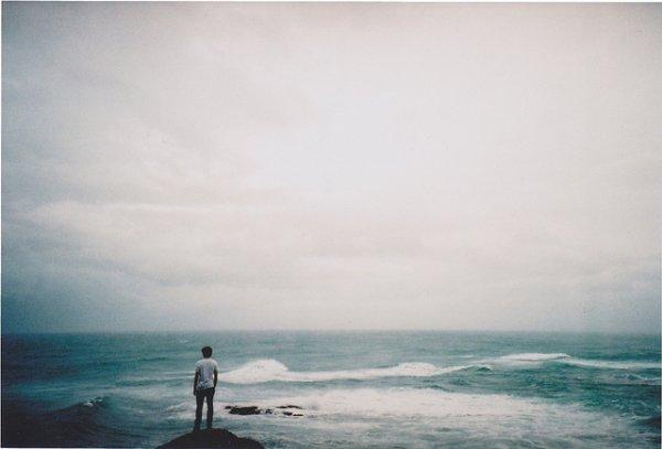 Un seul être vous manque, et tout est dépeuplé.