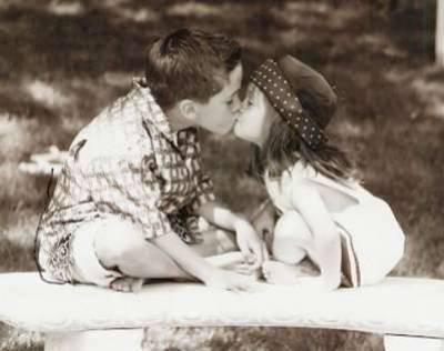L'amour n'a pas besoin d'être parfait mais il a juste besoin d'être vrai ♥
