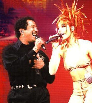 Photo du live 96 - La poupée qui fait non