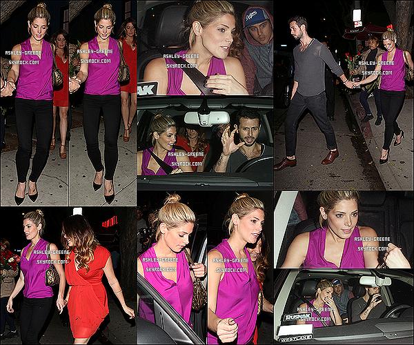 • EVENT - Le 24/10/13 : Ash a participé a la soirée « Halloween 2013 » pour le site Just Jared a l'hôtel Roosevelta B.Hills.