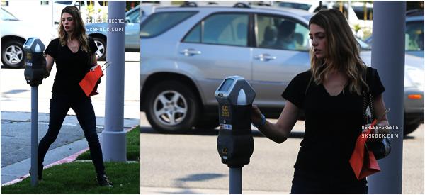 • CANDIDS - Le 7/06/16, Ashley était dans les rues de L.A.