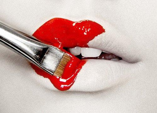 Mieux vaut souffrir d'avoir aimé que de souffrir de n'avoir jamais aimé.