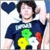 Nick Jonas ; Les Jonas Brother Jleur est parlé ;) :$ J'men remet )pas perso (: