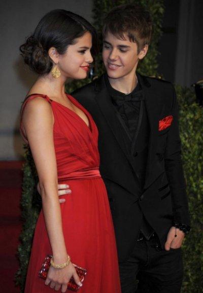 Justin Bieber et Selena Gomez : Le plus beau couple des Oscars 2011