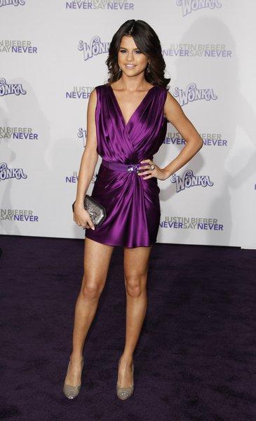 "Selena à la première de "" Never say Never"""
