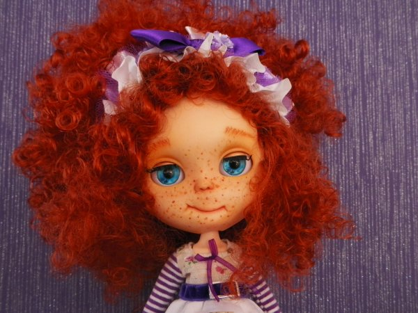 Blythe à la chevelure flamboyante.......