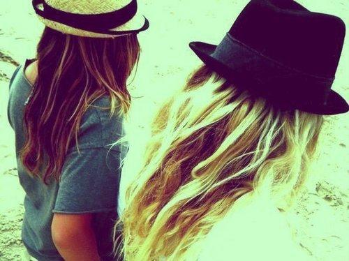 Nos meilleurs amis peuvent parfois nous faire péter les plombs, mais il faut reconnaître que sans eux, on serait un peu perdu.