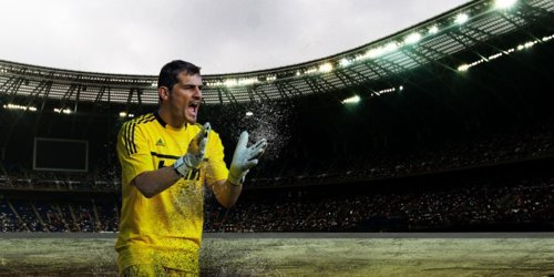IKER CASILLAS  03/11/2012