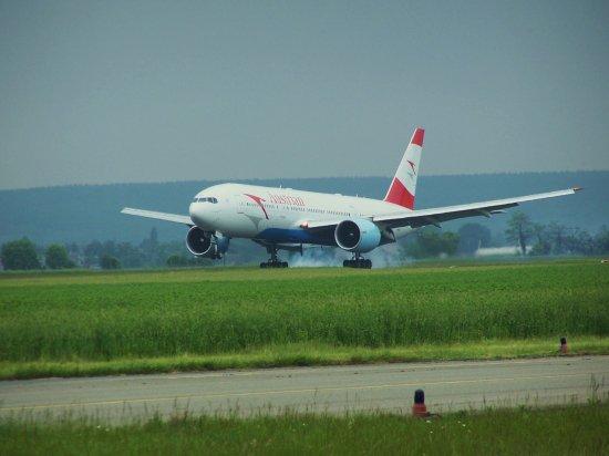 Boeing 777 - Austrian