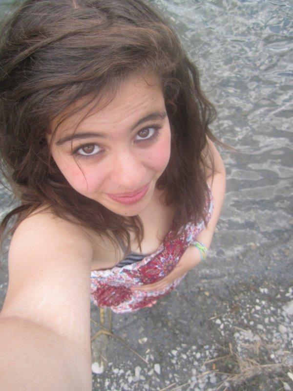 Moi dans un lac en savoie :)