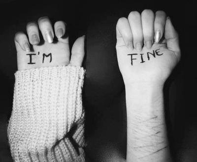 Dire que tout va bien alors que tout va mal..♥