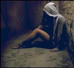 Il aimait la mort, elle aimait la vie. Il vivait pour elle et elle est morte pour lui.♥∞∞