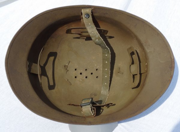 French Adrian Helmet Model 26 (1)