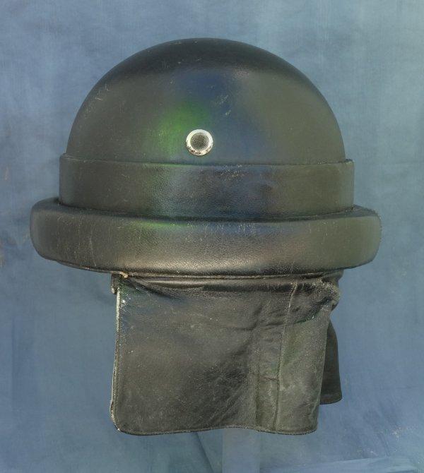 Italian tank helmet model 35