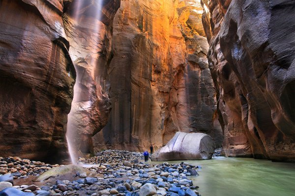 Zion National area where the charming nature is - have you heard of it before? منطقة صهيون الوطنية حيث الطبيعة الساحرة – هل سمعت عنها من قبل ؟