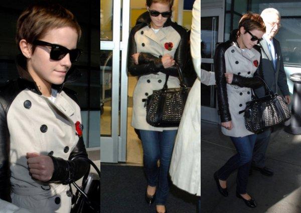 14.11 - Emma arrive à l'aéroport de JFK à NYC ( je n'aime pas son manteau :s )  Désolé pour la mauvaise qualité des photos :s