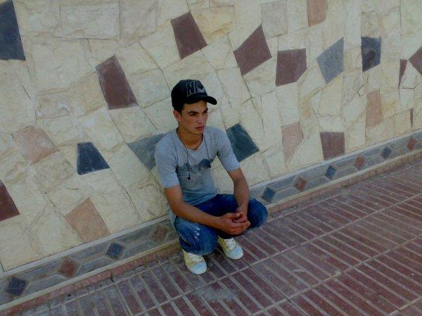 hamiiidox chbouk:(:(:(:(:(:(((@)):):):):):):) chof ou mathdich