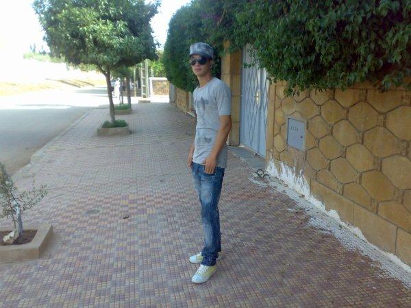 ??hamiiidox chbouk:(:(:(:(:(:(((@)):):):):):):)??Chbouk2009@hotmail.com