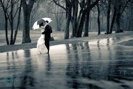 Notre amour est comme une petite pluie qui tombe sans bruit mais qui fait déborder la rivière.