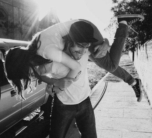 On peut faire beaucoup avec la haine, mais encore plus avec l'amour.