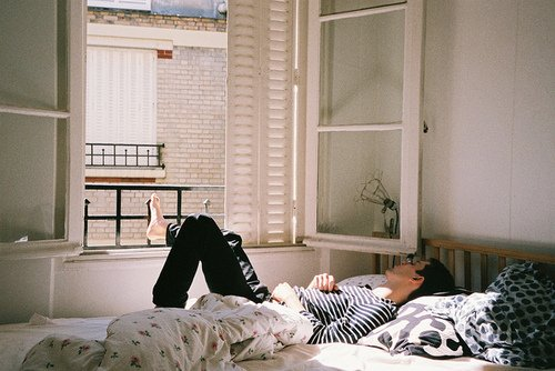 Il ne faut jamais faire de confidences, cela abîme les sentiments. Raymond Queneau