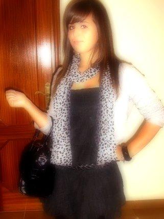 Davina , 14 juin , 15 ans , portugaise - espagnole (:  & célibataire </3