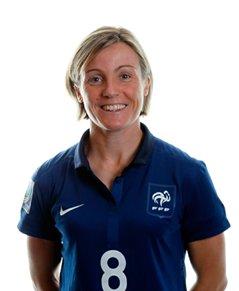 Bompastor buteuse avec les Bleues  Équipe de France féminine