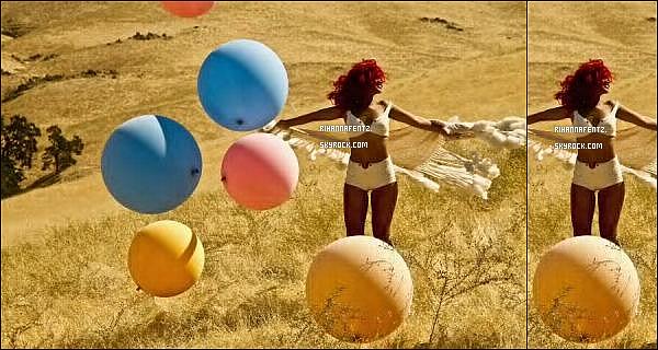 .   Première photo de Rihanna sur le tournage du clip de « Only Girl In the World ». Alors hâte ?  .