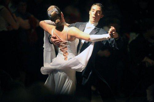 « Le secret du Tango se trouve dans cet instant d'improvisation qui se produit entre un pas et l'autre. C'est rendre possible l'impossible, danser le silence ! » Carlos Gavito