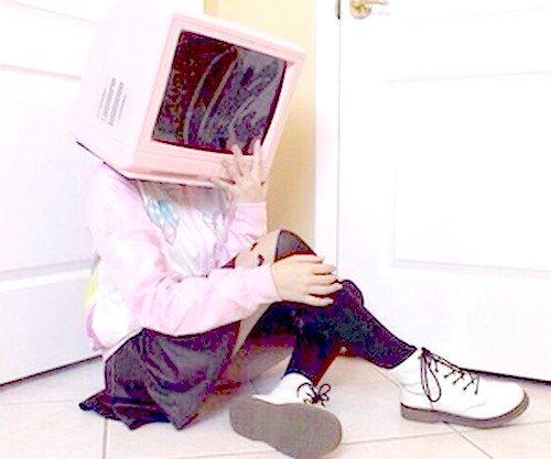 """""""L'ordinateur est un appareil sophistiqué auquel on fait porter une housse la nuit en cas de poussière et le chapeau durant la journée en cas d'erreur."""" Philippe Bouvard"""