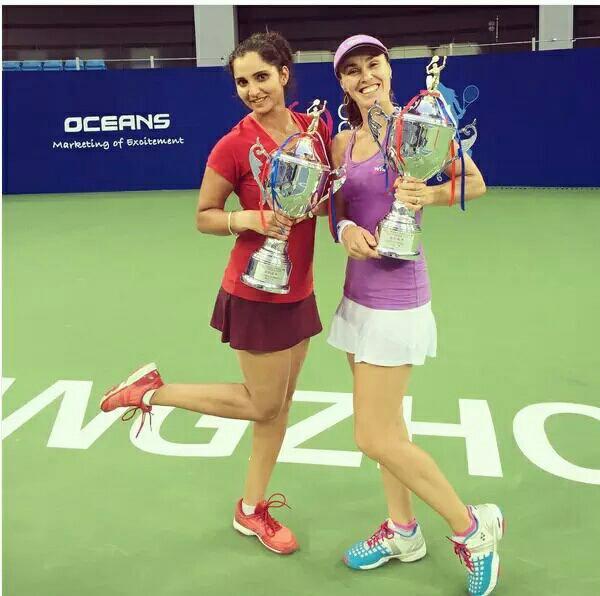 Hingis/mirza gagne le Guangzhou open