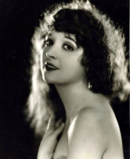Madge Bellamy (1899-1990)