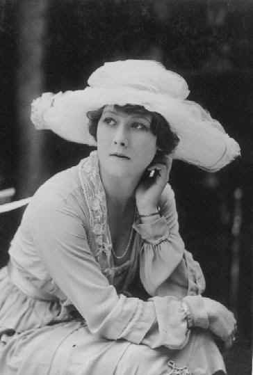 Qui est la plus belle Alma? Alma Taylor ou Alma Rubens?