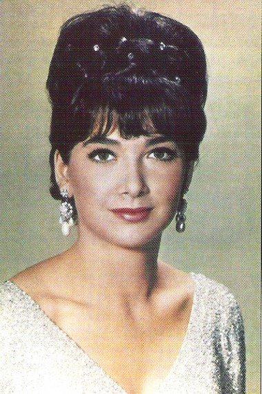 Suzanne Pleshett
