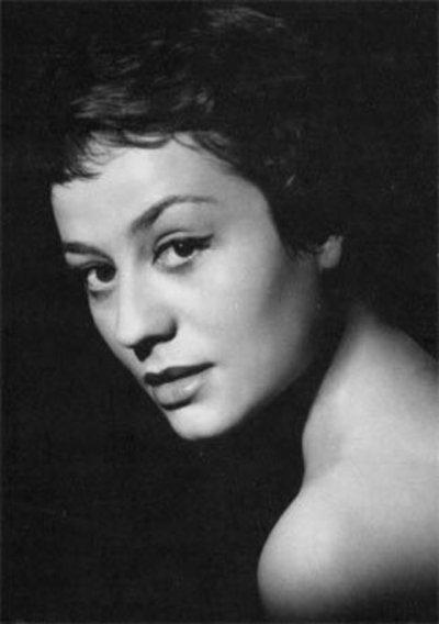 Agnes Moorehead v.s. Annie Girardo