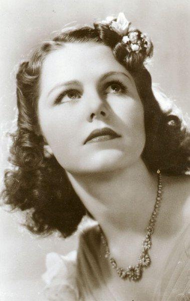 Dualité : La plus belle nouvelle actrice de la première semaine d'octobre 2011