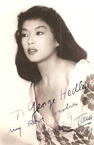 Dualité de la plus belle actrice ajoutée le 15 octobre 2011