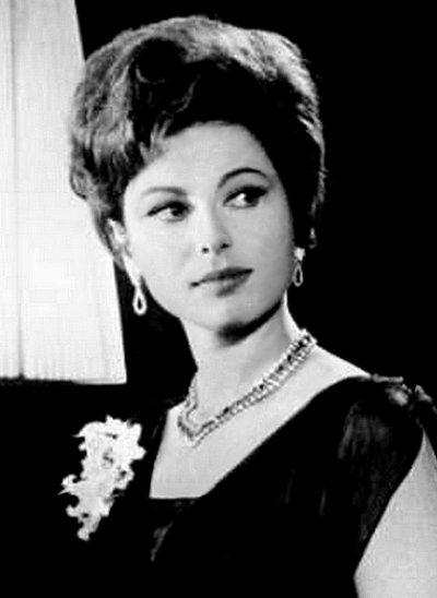 Haya Harereet biographie