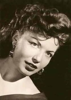 Qui est la plus belle actrice dont le prénom commence par la lettre c?